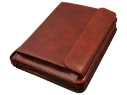 Art. Leather Agenda with Pouch and Zip